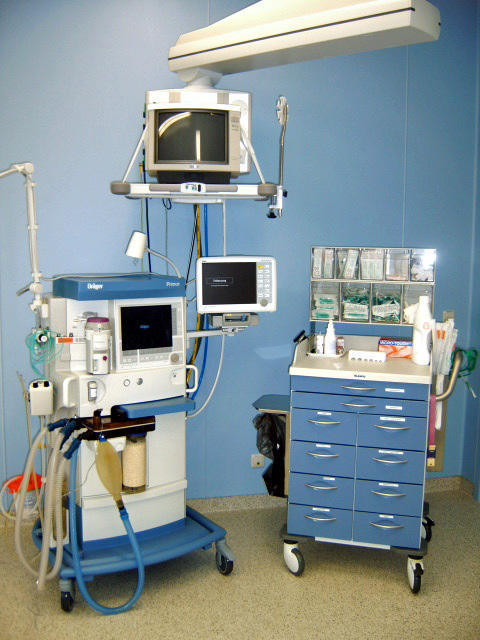 Is it dangerous to get general anesthesia?
