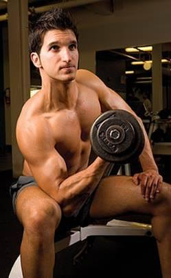 Please help, how much rest is recommended between weight lifting workouts for muscle building?