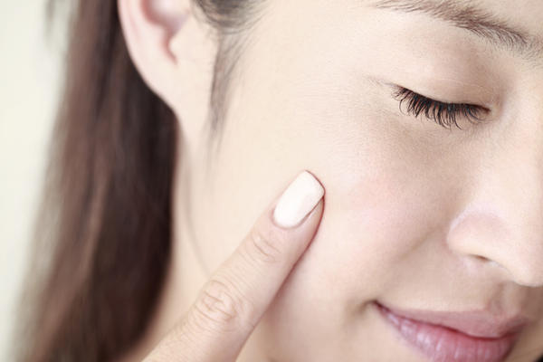 How can I tell if my cheek is swollen after root canal?