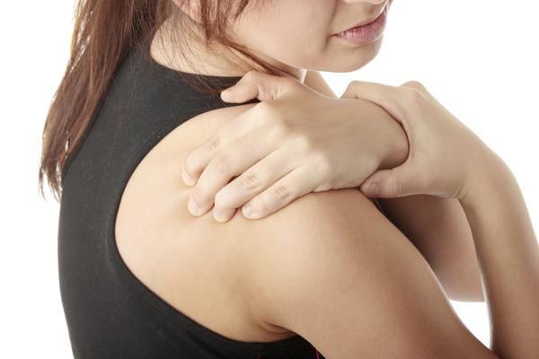 What would cause pain in right shoulder to radiate down the right arm?