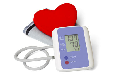 What is a normal pulse range qhen you take your blood pressure?