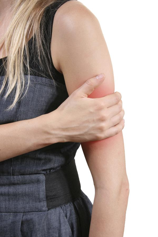 Tingling in shoulder blade when leaning forward to grab something? What could this be