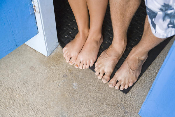 How can you remove calluses from feet permanently?