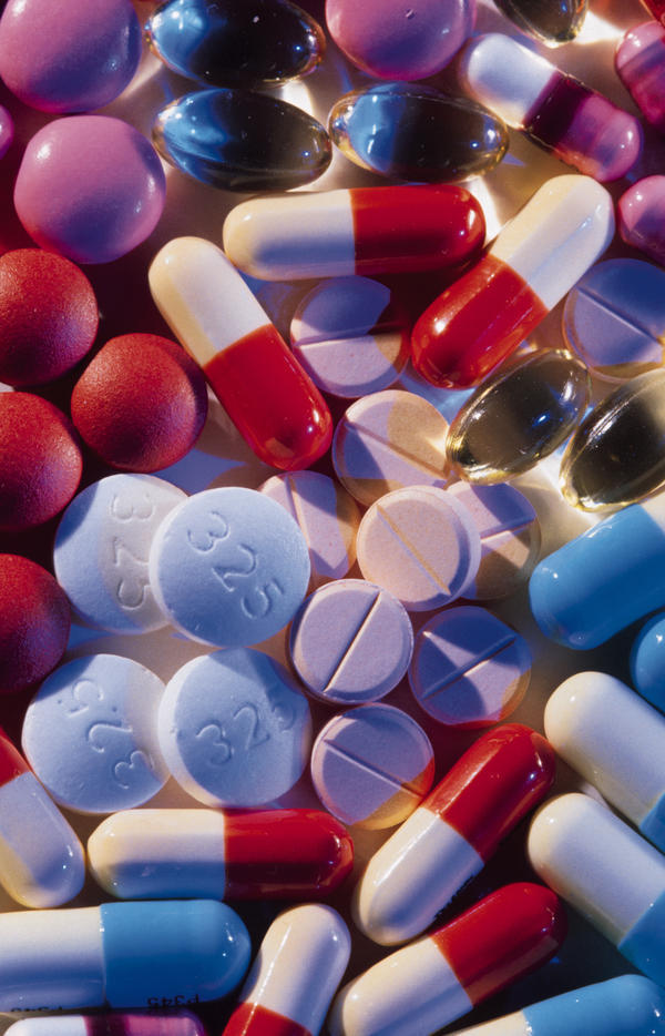 What is the treatment for acetylcysteine overdose?