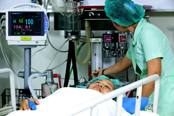 How long would it take until anesthesia passes (when would he wake up) after a prostatectomy?