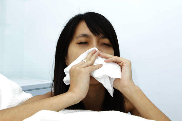 how to get rif of a blocked nose