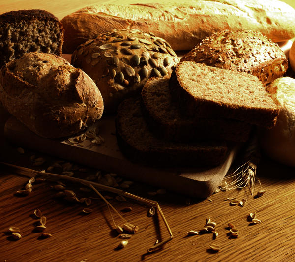 What will make your stomach flatter? Whole wheat or whole grain?