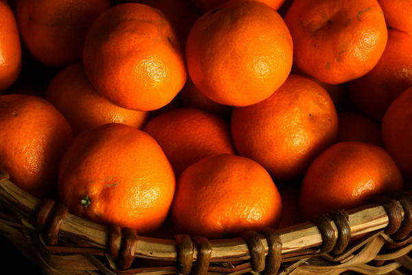 Is it ok for a diabetic to consume a small orange per diem?