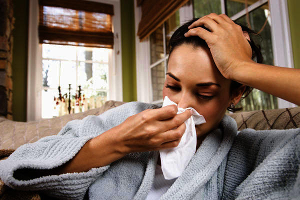 Please describe the typical symptoms of the flu?