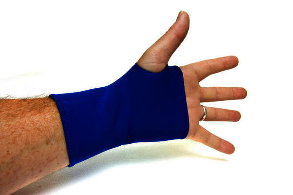 Does it happen that people get relief from carpal tunnel syndrome by massage therapy?