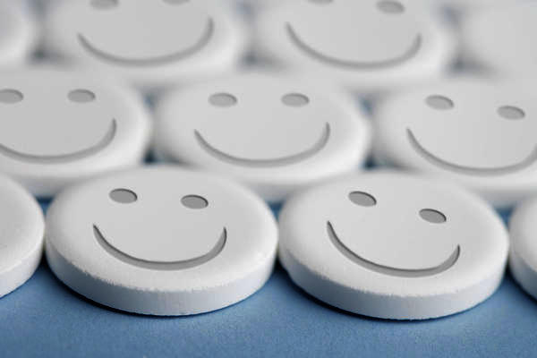 Will a walk in clinic with primary care services give anti-depressants?