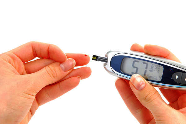 Can you please discuss the concentration range of glucose in healthy people?