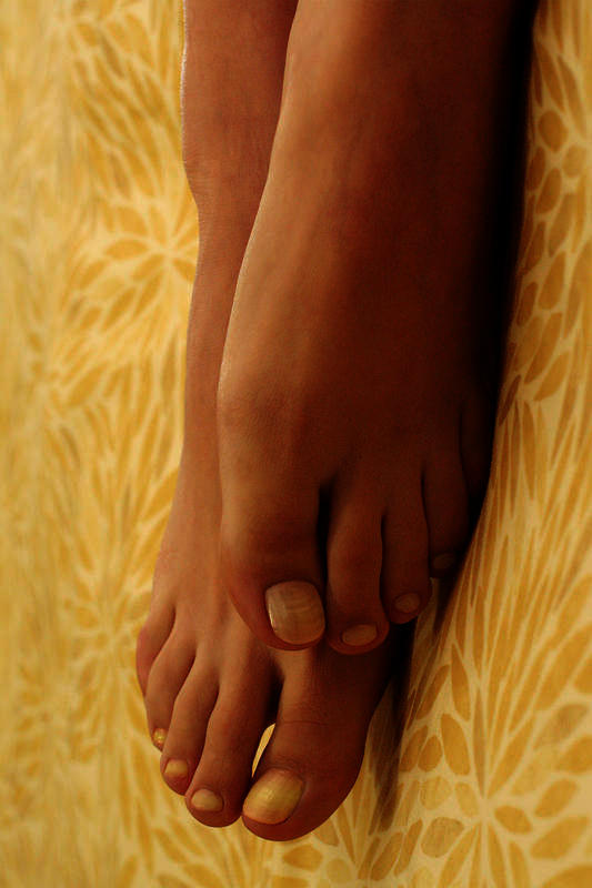 How should I treat my feet that are hurting?
