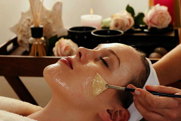 What is the best at home chemical peel for my face if I have sensitive skin?