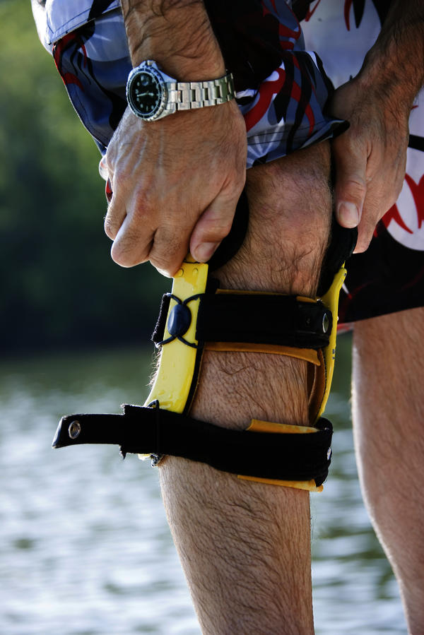 Is a cti brace helpful in a broken bone in the knee?