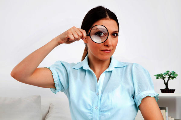 Can reading glasses cause pain at temple?
