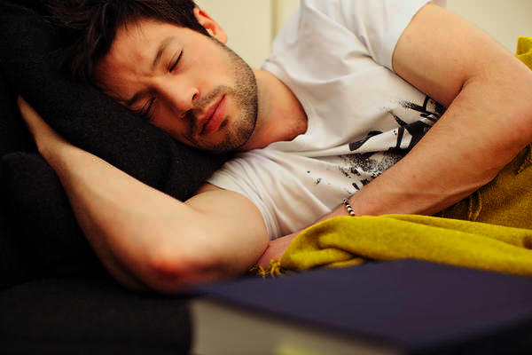 Will 3 Advil (ibuprofen) PMS make me sleep?