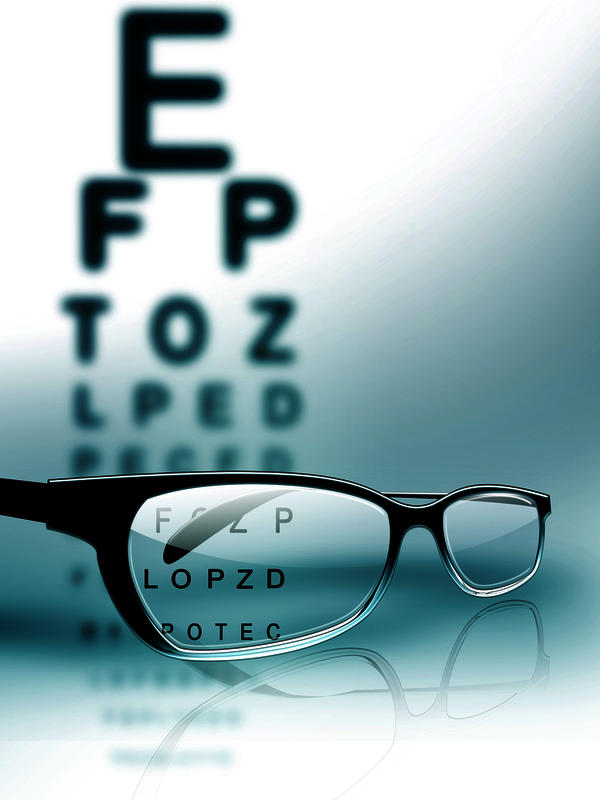 I am 33 now, my power is -8d in le and -9d in re, -1 cylin, i started wearing specs when i as 14, do I suffer from degenerative myopia, how is it diagnosed?