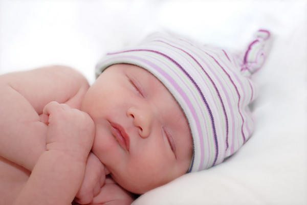 Is polyester safe for babies to sleep on?