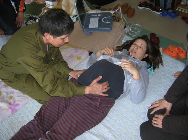 Does a lower back ache mean I am in labor?
