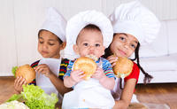 Need expert help here. What are the symptoms of infant food allergies?
