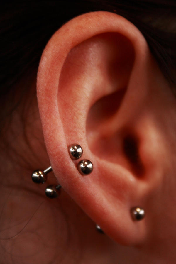 How do you get rid of bubbles in your ear?