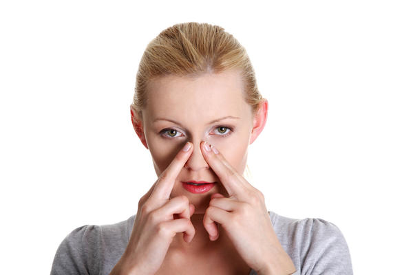 Can nose infection effect eye movement problem?