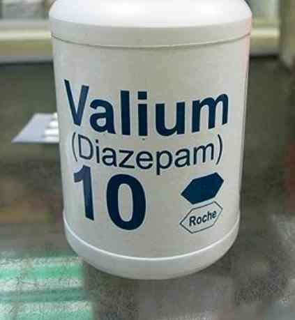 Is it true that. 05 Xanax (alprazolam) is eqivalant to 10mg valium? That's what my gp told me