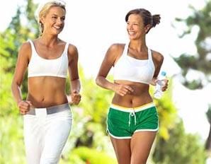 If an athletes girl suffer from amenoherra should I make her stop exercice at all or reduce it?