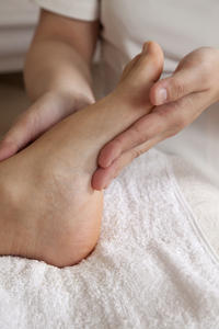 How can I get rid of bad athletes foot?