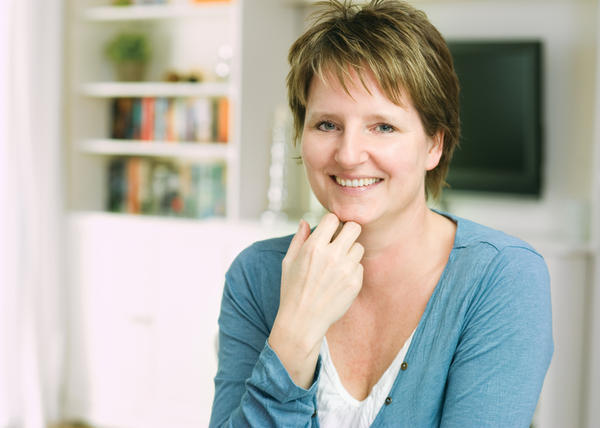 What are the common symptoms of menopausal?