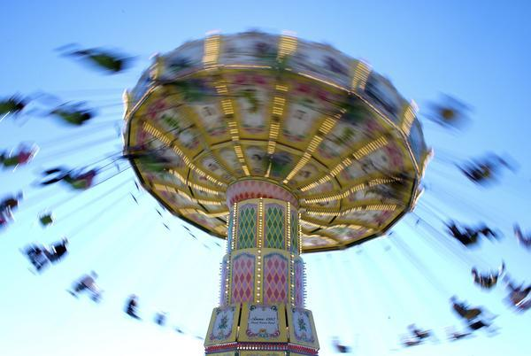 How does ceftriaxone cause dizziness? What does it affect to cause this side effect?