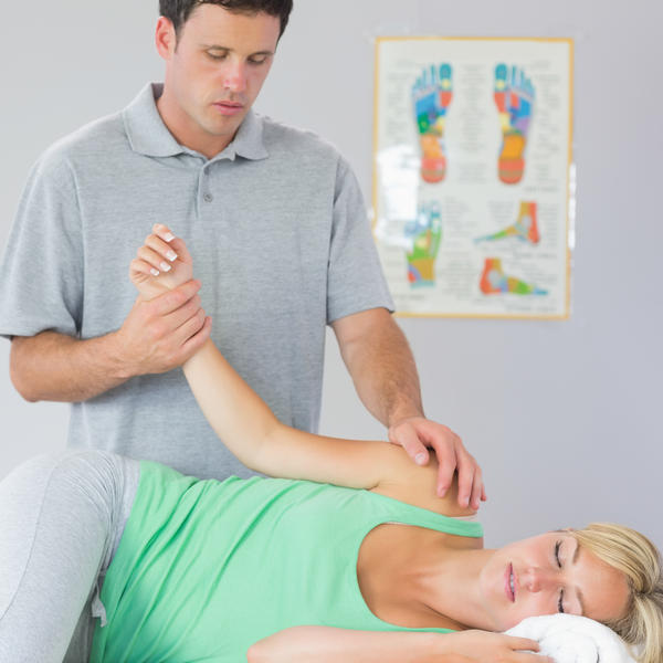 What can cause worsening upper arm and shoulder pain?