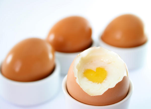 Do eggs contain a lot of cholesterol?