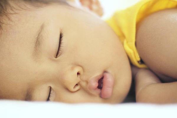 Why do I always feel sleepy? Even if I sleep well last night... I also feel very energyless and inactive. Why so?