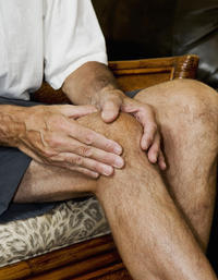 Is it possible to get rid of osgood schlatter disease?