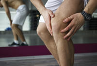 What commonly causes knee pain?