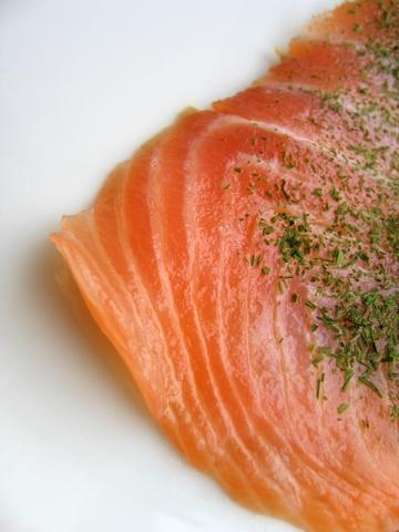 Is there a way to remove or reduce the amount of mercury in fish at home?