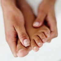 I have pain on top of foot, assuming a ligament strain like a had a year ago from overuse. I don't know the best treatment for this?