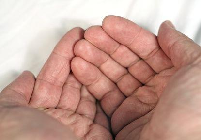 Are there any natural remedies for poor circulation in the hands?