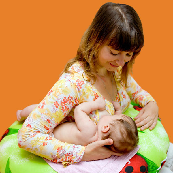 Is it true that as I breast feed baby, the other breast will leak milk at the same time? Will this always happen? And will my breast leak milk simply by squeezing them at any time when i'm not feeding?