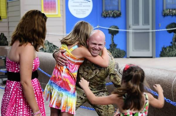 Is a surprise visit from a soldier to his little children a good idea?