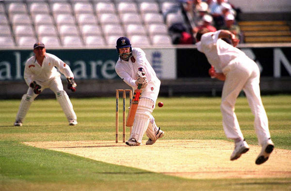 Can I still practice cricket after suffering from lower back pain?
