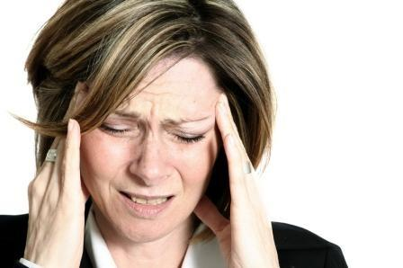 Does minor swelling of the brain make you have a headache?