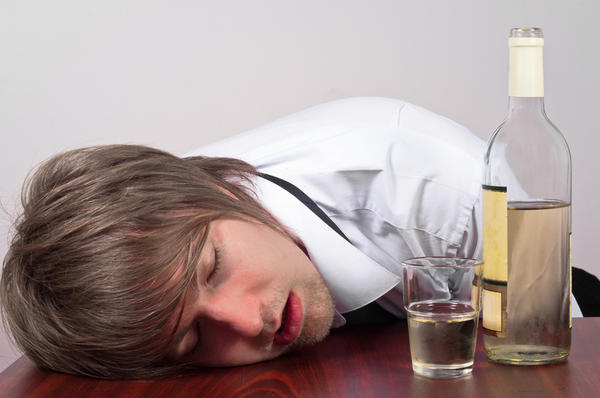 Is liver damage due to alcohol consumption reversible?