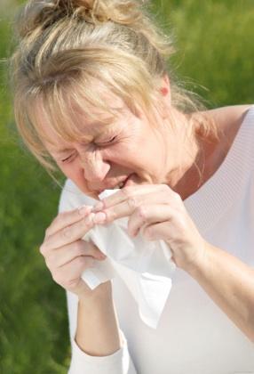 Breastfeeding so, what medecine for runnny nose?