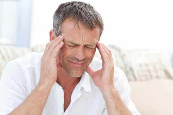 Can tramadol cause severe headaches?