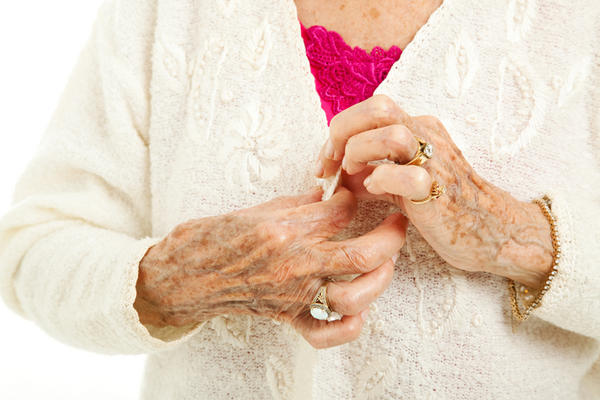 How can I help my mom's rheumatoid arthritis pain?