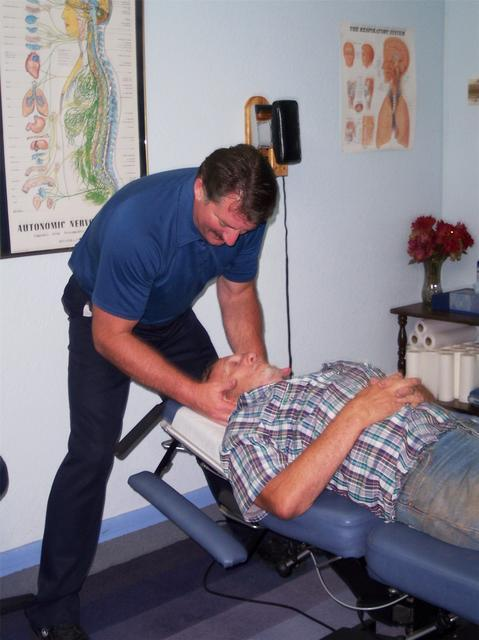 Is a chiropractor ever recommended as a good alternative to medication for a sore neck?