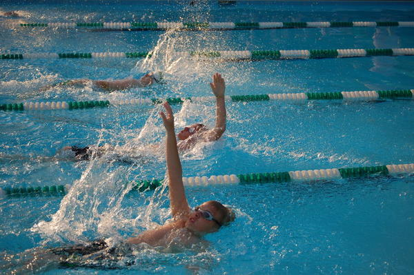 Feel short of breath during swim practice. Could I have exercise induced asthma?
